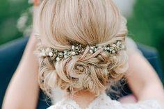 Une coiffure de mariée champêtre