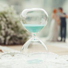 30 Minutes Beautiful Glass Hourglass (128073867)