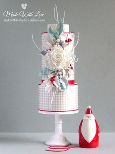 Gingham Christmas Cake - Cake by Pamela McCaffrey