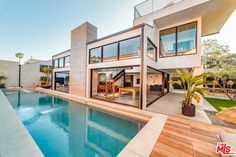 7 great potential homes in the future images real angels estate rh pinterest com