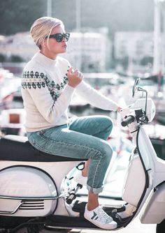 Click to close image, click and drag to move. Use arrow keys for next and previous. Pullover Shirt, Scooter Girl, Learn How To Knit, Brigitte Bardot, Scandinavian Style, Everyday Fashion, Baby Strollers, Knitting Patterns, Shirts