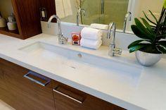 Trough sink, double taps - Home and Garden Decoration Trough Sink Bathroom, Diy Bathroom Vanity, Bathroom Kids, Bathroom Design Small, Bathroom Layout, Bathroom Faucets, Master Bathroom, Sink Taps, Boho Bathroom