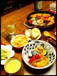 スパークリングワインと♡ - 6件のもぐもぐ - 海鮮と野菜の白ワイン蒸し、海老アボカドサラダ、コールスロー、白菜コーンスープ by chirarhythm