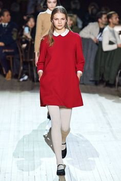 Marc Jacobs Fall 2020 Ready-to-Wear Fashion Show - Vogue Catwalk Collection, Fashion Show Collection, Marc Jacobs, Runway Models, Vogue Paris, Fashion 2020, Fashion Trends, Fashion Weeks, Runway Fashion
