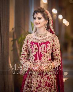 Bride of the day💕 Is it just me or does she really looks like Sania Mirza? Pakistani Wedding Outfits, Pakistani Wedding Dresses, Bridal Outfits, Stylish Dresses For Girls, Wedding Dresses For Girls, Stylish Girl, Party Looks, Indian Designer Outfits, Designer Dresses