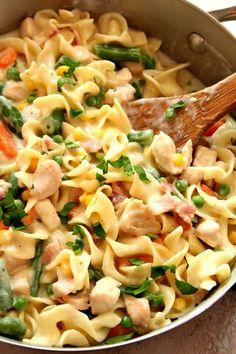 Chicken Pot Pie Skillet Pasta Recipe