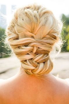 Wedding Hairstyles for Outdoor Weddings - Interlocking Twists
