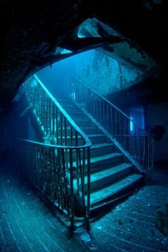 Underwater City, Underwater Photos, Abandoned Ships, Abandoned Places, Underwater Photographer, Belle Photo, Under The Sea, Parks, Places To Go