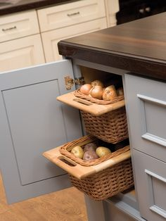 Traditional Kitchen Home Storage Design Design, Pictures, Remodel, Decor and Ideas - page 4