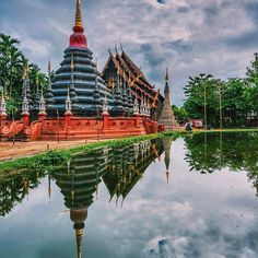 Exploring the beautiful Wat Phan Tao in the old city of Chiang Mai.  -------  This city is filled with Wats. You could spend days, and we did, wondering the magnificent grounds of each complex. Just one of the things that we loved doing while exploring this amazing city  ----------  #thailand #thailand_allshots