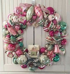 Petite Pink and Green Vintage Christmas Ornament Wreath Petite Pink and Green Vintage Christmas Ornament by MadamHoliday Christmas Ornament Wreath, Xmas Wreaths, Vintage Christmas Ornaments, Retro Christmas, Christmas Tree Decorations, Christmas Holidays, Christmas Door, Christmas Mantles, Ornaments Ideas