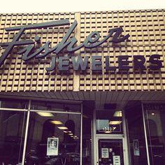 Via @shannonquiggle Downtown #Erie #PA #vintage #sign #font #retro #mcm #midcentury #storefront #shop #branding #IG #instagram #photo