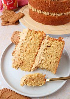 Sponge Cake Recipes, Dessert Cake Recipes, Homemade Cake Recipes, Just Desserts, Delicious Desserts, Sweet Desserts, Yummy Food, Biscoff Recipes, Baking Recipes