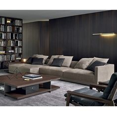 Instagram media by euromarket - Poliform sofá Bristol. #sofá #casa #Panamá #home #hogar #interiores #indoors #sofa #comfort #comodidad #livingroom #sala #tv #studio #muebles #furniture