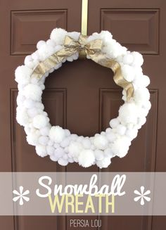 Snowball Pom Pom Wreath