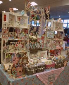 The very pretty Spotty Daisy stall at the Vintage Escapades Artisan Handmade & Vintage Christmas Brocante Craft Stall Display, Craft Booth Displays, Display Ideas, Craft Booths, Booth Ideas, Christmas Craft Fair, Holiday Crafts, Vintage Christmas, Vendor Displays