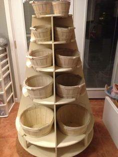 rotating basket storage Fabric Display, Basket Storage, Store Displays, Bathroom Organization, Kitchen Ideas, Quilt, Space, Studio, Sexy