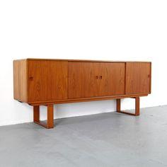 Mid Century Credenza by Dyrlund Denmark 60s | Danish Modern Teak Sideboard 60er
