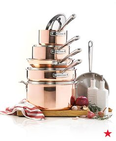 Premium performance and the gleaming beauty of pure copper, this Martha Stewart Collection tri-ply 10-pc. cookware set is specially designed with extra long handles for safety, balance, and ease of use.