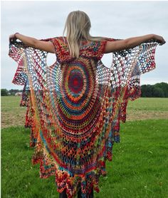 Wish I knew how to crochet. Crochet Vest Pattern, Bohemian Vest, Stevie Nicks Style, Shawl Cape Vest - with sleeves would be awesome Crochet Circle Vest, Crochet Vest Pattern, Crochet Circles, Crochet Shawl, Crochet Lace, Crochet Patterns, Free Pattern, Crochet Vests, Rainbow Crochet