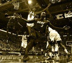 LeBron James dunks on Wilt Chamberlain