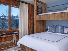 20 Inspiring Rustic Bedroom Design Ideas (WITH PICTURES)