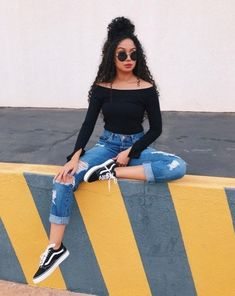 Mode Outfits, Stylish Outfits, Girl Outfits, Fashion Outfits, Stylish Clothes, Casual Clothes, Casual Shoes, Casual Sneakers, Casual Dresses
