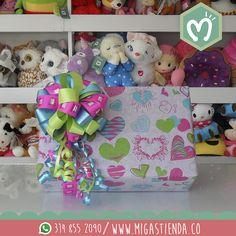 En #Migas empacamos tus regalos de la forma más creativa e innovadora Visitanos CL 37 SUR CR 34-32 #FábricadeSueños #Empaques #Amor #Regalos