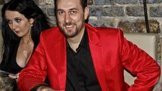 Zpěvačka Iveta Bartošová (48) má sice v poslední době kvůli exekuci na její dům v pražské Uhříněvsi, zrušeným koncertům a bolesti po operaci zubů oči pro pláč, Red Leather, Leather Jacket, Stars, Jackets, Fashion, Studded Leather Jacket, Down Jackets, Moda, Leather Jackets