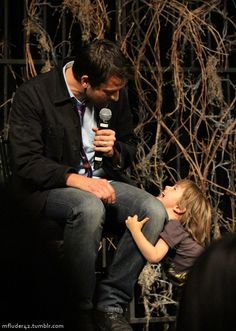""" Misha Collins works away answering questions at the Supernatural convention in Las Vegas… until a wee usurper claims his throne, albeit temporarily. Sam Dean, Dean Castiel, Supernatural Destiel, Supernatural Bunker, Misha Collins, West Collins, Bobby, Bitch, Jensen And Misha"