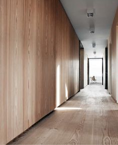 It's all about that Base… about that Base(board) - Hall, Modern Architecture, Baseboard, Wood, Natural - Danish House, Casas Containers, Timber Walls, Baseboards, Interior Walls, Lofts, Wood Paneling, Interior Inspiration, Interior Architecture