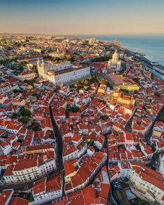 🔻Lisbon is the architectural and cultural pearl of the Western Europe, and one of the oldest cities in the world. Lisbon is known to be… Hotel Portugal, Visit Portugal, Spain And Portugal, Portugal Travel, Algarve, Lisbon City, Voyage Europe, Travel Abroad, Vacation Trips