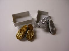 Flip Flops in Shoe Box [SF44GS] : Dollhouse Miniatures By Barb, Wholesale Miniature Accessories
