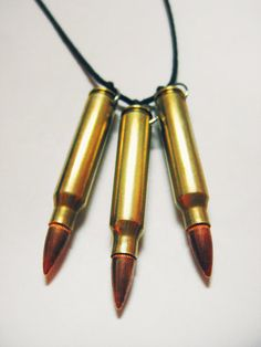 Tri-Bullet Necklace// perfect for a Chloe Price cosplay from Life is strange