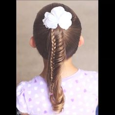 V I D E O  • Ladder Braid •  PRESS PLAY  @peinadosvideos #peinadosvideos