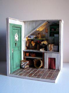 Handmade miniature scene 112 scale Green thumb door Pequeneces, €350.00