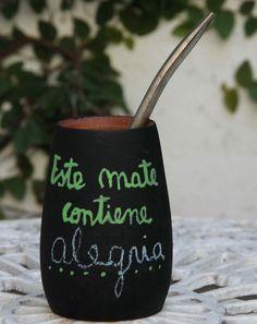 Organic Yerba mate tea has many health benefits. Gaucho, Love Mate, American Drinks, Yerba Mate Tea, Deep Thinking, Lower Blood Sugar, Tea Benefits, How To Speak Spanish, Loose Leaf Tea