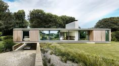 The Quest / Strom Architects