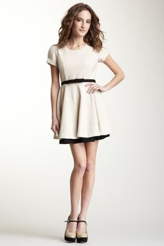 Gracia- Belted Waist Short Sleeve Dress