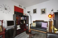 """This trendy #Paris apartment is so cool! She wants to test it out because it's """"so Paris style!"""" #GowithOh"""