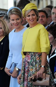 Mathilde de Belgique and Queen Maxima of The Netherlands attend at a Ceremony to Commemorate D-Day 70 on Sword Beach on June 2014 in Ouistreham, France. Estilo Real, Queen Maxima, Royal Fashion, King Queen, Mother Of The Bride, Netherlands, Royalty, Street Style, Stylish