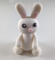 Bake Happy: How to Make a Fondant Bunny