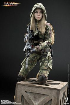 VeryCool 1/6 Scale Female Figure Green Python Stripe Camouflage Villa Sister Box Set Female Head, Female Bodies, Gi Joe, Hidden Weapons, Military Tactical Boots, Military Action Figures, Waist Pouch, Camo Outfits, Tactical Backpack