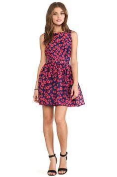 Vestidos cortos estampados de moda casual elegante primavera 2014  http://vestidoparafiesta.com/vestidos-cortos-estampados-de-moda-casual-elegante-primavera-2014/
