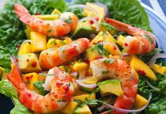 Prawns with mango and avocado salad |