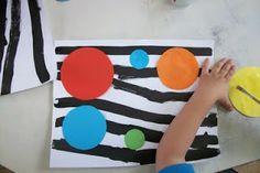 Peinture ou encre + collages occuper l'espace (utilisé en page de garde cahier 2014)