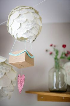 hot air ballon - baby shower ides, make your guest write notes for your unborn baby