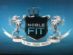 Minulla on ilo ja kunnia ilmoittaa, että olemme julkaisseet NobleFit-ohjelmasarjan. Se on nähtävissä ilmaiseksi kaikille 24/7/365 Youtube alustanaan. NobleFit on tehty Suomi 100 v kunniaksi meille kaikille, A-luokan julkkisten kanssa, vastavoimana uutisten ja usein meidän ihmistenkin liialliselle negatiivisuudelle. Sarja keskittyy positiivisuuteen, muiden huomiomiseen, kokonaisvaltaiseen hyvinvointiin, rakkauteen, asenteeseen ja muihin tärkeisiin asioihin.