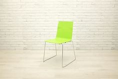 Bright breakout style chairs: 2 x green, 2 x white