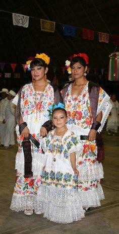 Mujeres Yucatecas!